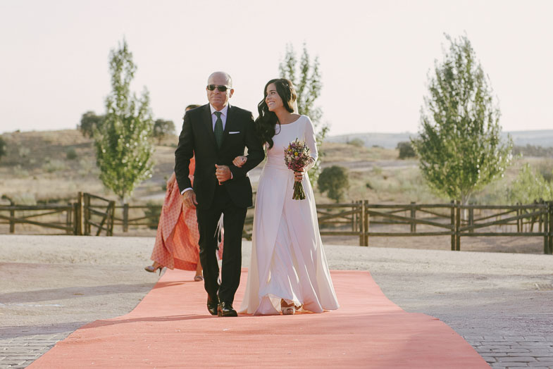 fotografo-de-bodas-merida-estilo-natural-sin-poses